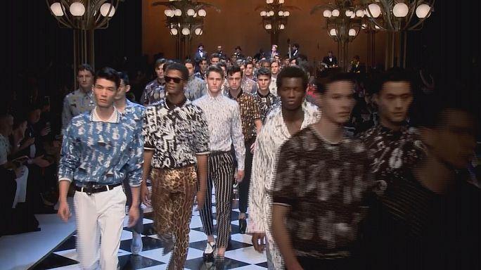 Мода как джаз: от Прады до Версаче на дефиле в Милане
