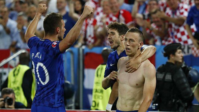 Euro 2016: Perisic winner for Croatia stuns Spain