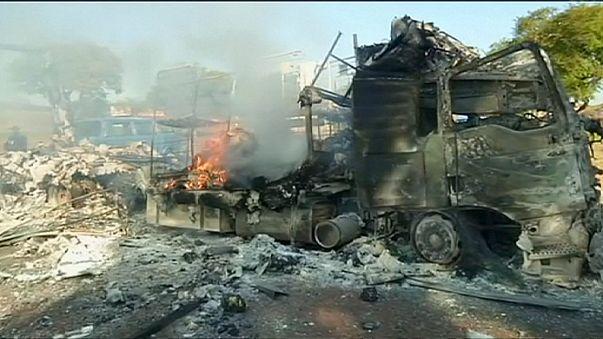 Belediye başkan adayını beğenmeyen halk kenti ateşe verdi