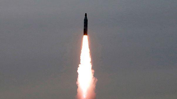 Két rakétakísérletet hajtott végre Észak-Korea szerda hajnalban