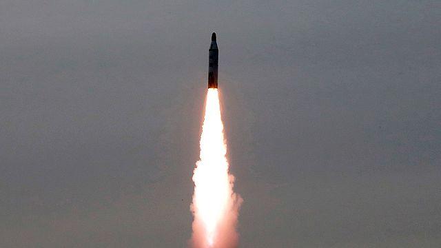 Kuzey Kore balistik füze denemesinde bulundu