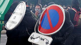 عقب نشینی وزارت کشور فرانسه : محدودیت به جای ممنوعیت راهپیمایی پنجشنبه پاریس