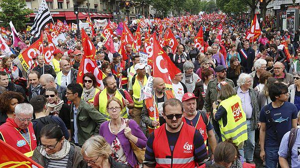 Çalışma yasası tasarısı Paris'te protesto edilecek