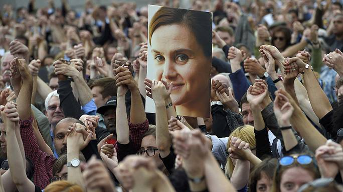 Vigils held across the world for Jo Cox