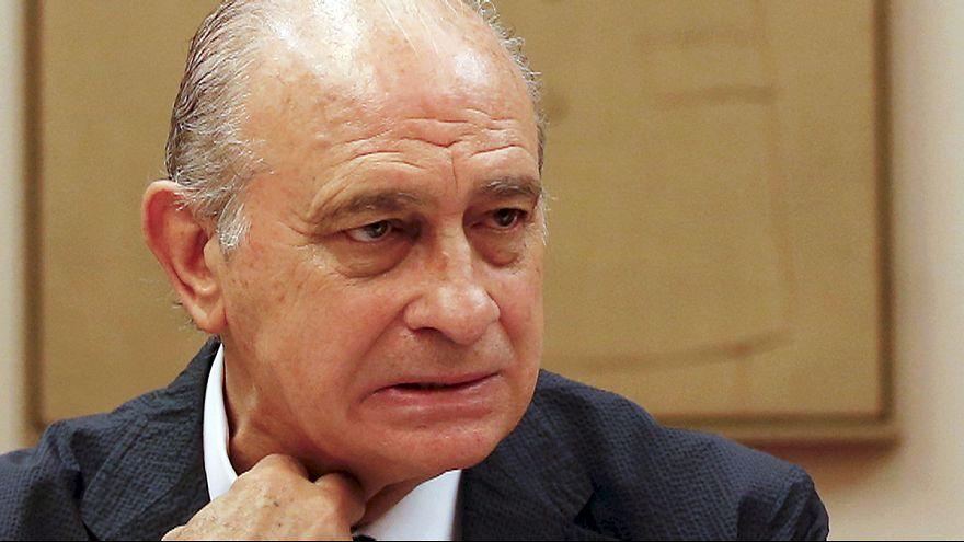 Espagne : un enregistrement met le ministre de l'Intérieur dans l'embarras