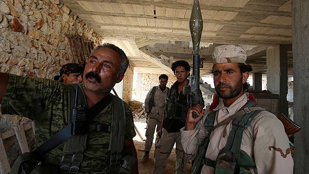 IŞİD'in Suriye'deki kalesi Menbic'e girildi