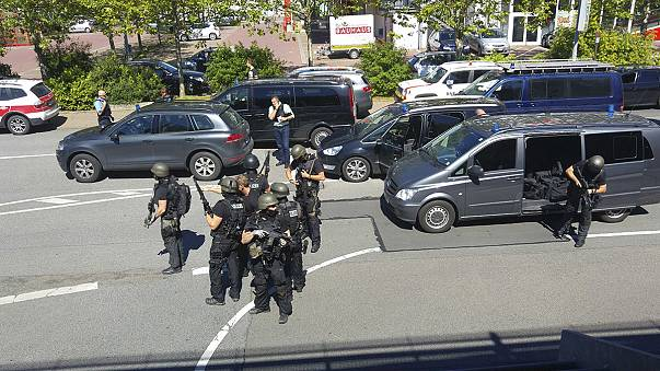 تغطية مباشرة: مقتل مسلح هاجم قاعة للسينما في ألمانيا