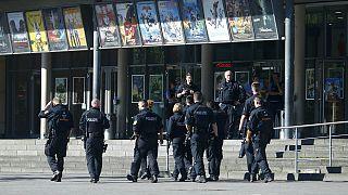Geiselnahme in Kino im südhessischen Viernheim - Täter erschossen