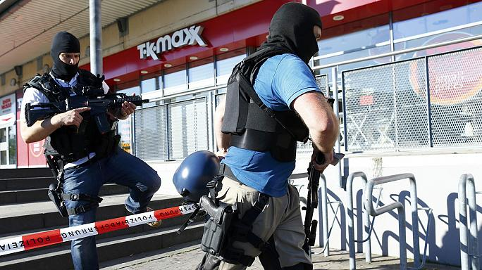 Abatido el autor de un tiroteo que se atrincheró armado en un cine en Alemania