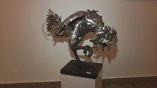 Nigeria : l'art de la sculpture avec des cuillères de récupération