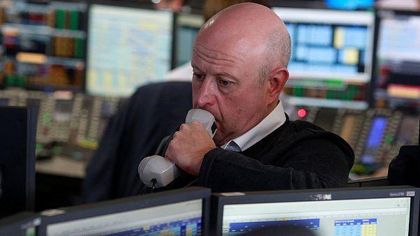 """Лихорадка """"Брексит"""": фондовые рынки трясет на фоне новостей из Великобритании"""