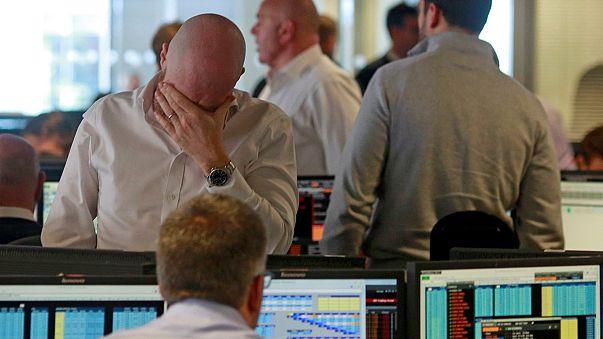 Fekete nap a tőzsdéken és a devizapiacokon