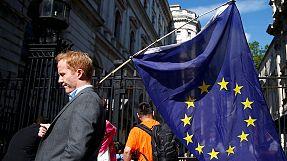 """Brexit: """"Un choix douloureux qui met gravement l'Europe à l'épreuve"""", selon Hollande"""