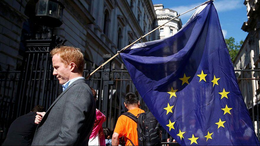 EU unter Schock: Reaktionen auf den Brexit