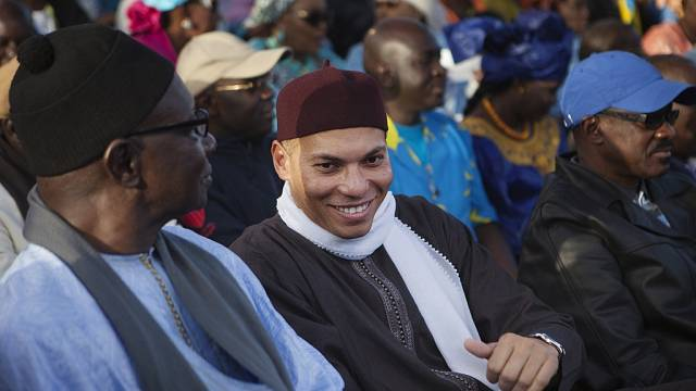 Jailed Karim Wade leaves Senegal after pardon, social media blocked