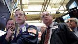 الأسهم الأمريكية تستهل معاملاتها على تراجع جماعي