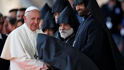 """El papa vuelve a calificar de """"genocidio"""" la matanza de armenios por los otomanos"""