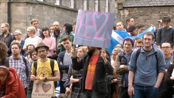 اسكتلنديون يحتجون ضد قرار بريطانيا مغادرة الاتحاد الأوروبي