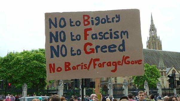 """Brexit: petizione inglese chiede nuovo referendum, Scozia lavora per il """"Remain"""""""