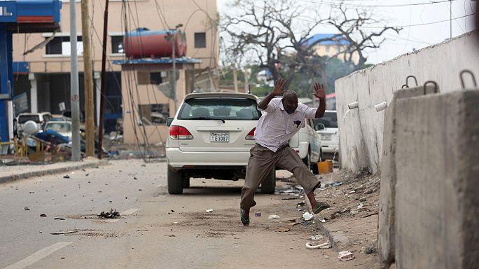 Deadly bomb attack on hotel in Somalia's capital