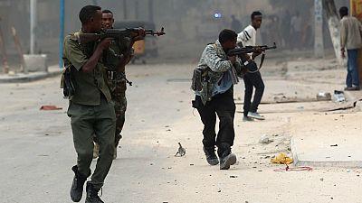 Somália: ataque na capital faz pelo menos 17 mortos