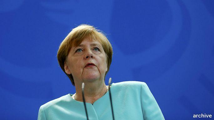 """""""Pas besoin d'être trop durs"""" lors des négociations (Angela Merkel)"""