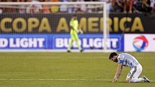 Copa America finalinde Şili'ye kaybeden Messi milli takımı bıraktı