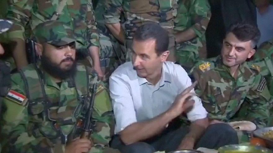 Presidente sírio visita tropas no terreno