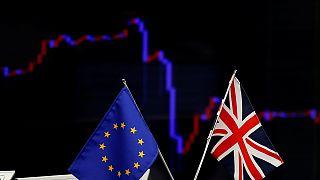 Brexit: Piyasalar yine negatifte noktaladı