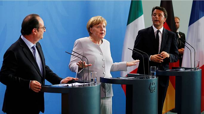 Merkel, Hollande y Renzi recuerdan a Londres que debe notificar formalmente su salida de la UE