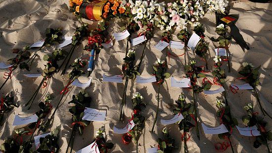 Tunisie : hommage aux victimes de l'attentat de Sousse