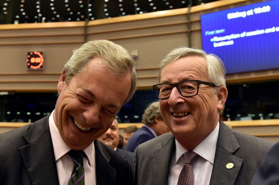 Brexit : Farage jubile, Juncker rit jaune