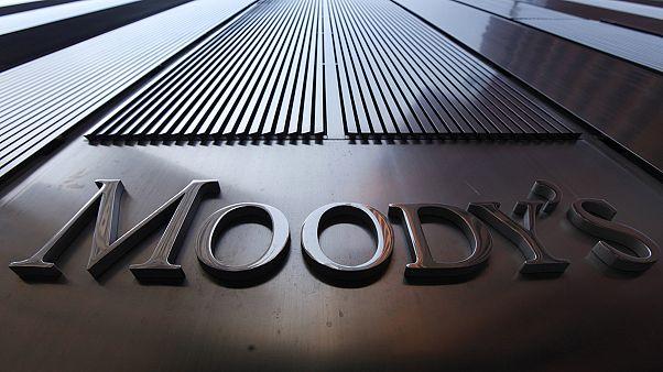Felminősítette a magyar bankrendszer kilátását a Moody's