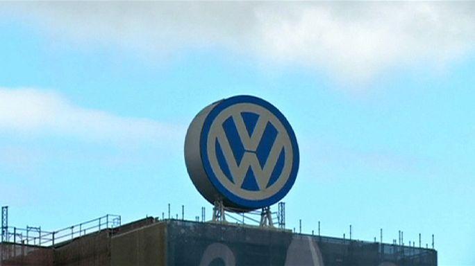 فولكسفاغن ستدفع خمسة عشر مليار دولار للافلات من محاكمة في إطار فضيحة المحركات