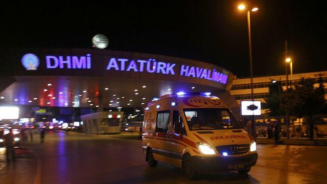 Turquie: 32 morts dans l'attentat-suicide à l'aéroport d'Atatürk (Istanbul)