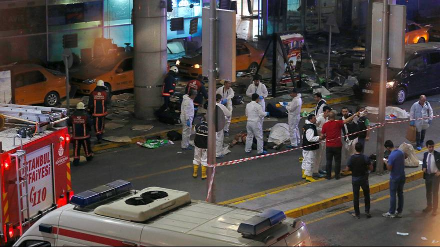 Suspected ISIL bombers kill 36 and wound dozens at Istanbul airport