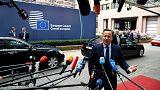 Consiglio europeo: i leader lasciano Cameron fuori dalla porta di Bruxelles