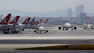 Le trafic aérien a repris à l'aéroport d'Atatürk à Istanbul, après les attentats de mardi