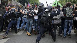 Enfrentamientos entre policía y manifestantes en París