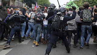 Francia: scontri a Parigi su riforma del lavoro