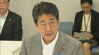 رئيس الوزراء الياباني يدعو إلى ضح تدابير تحفيزية جديدة للتغلب على أثار الانفصال البريطاني