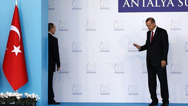 Pace fatta tra Putin e Erdogan: via le sanzioni nel settore turistico contro Ankara