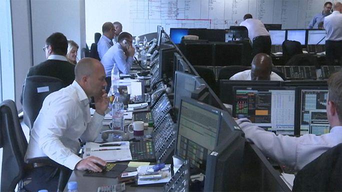 الأسهم الأوروبية تستعيد عافيتها مع احتمالات بزيادة برامج التحفيز حول العالم