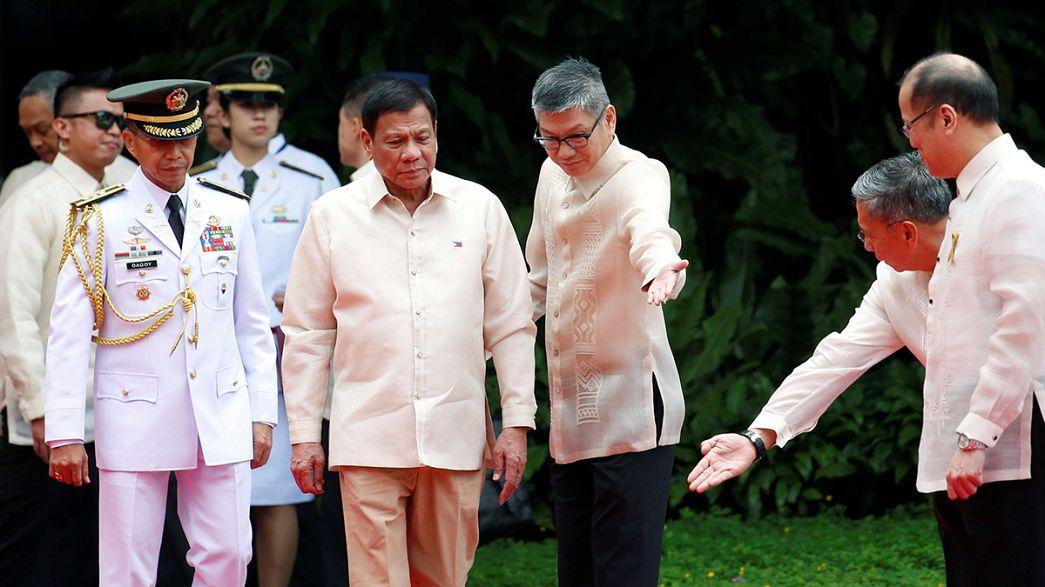 Президент Филиппин Родриго Дутерте принёс присягу
