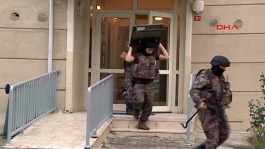 İstanbul'da 16 adrese eş zamanlı operasyon: 13 gözaltı