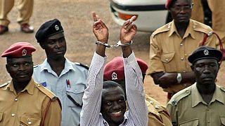Ouganda: Besigye sera jugé au tribunal et non en prison