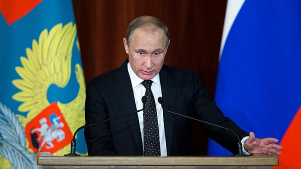 """Vladimir Poutine: """"l'OTAN veut nous entraîner vers une course aux armements"""""""