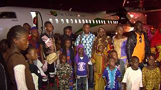 Ivory Coast: First group of refugees return from Guinea