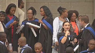 Afrique du Sud : des milliers de jeunes diplômés peinent à trouver un premier emploi
