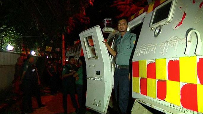 Az Iszlám Állam támadt egy bangladesi étteremre, több halott